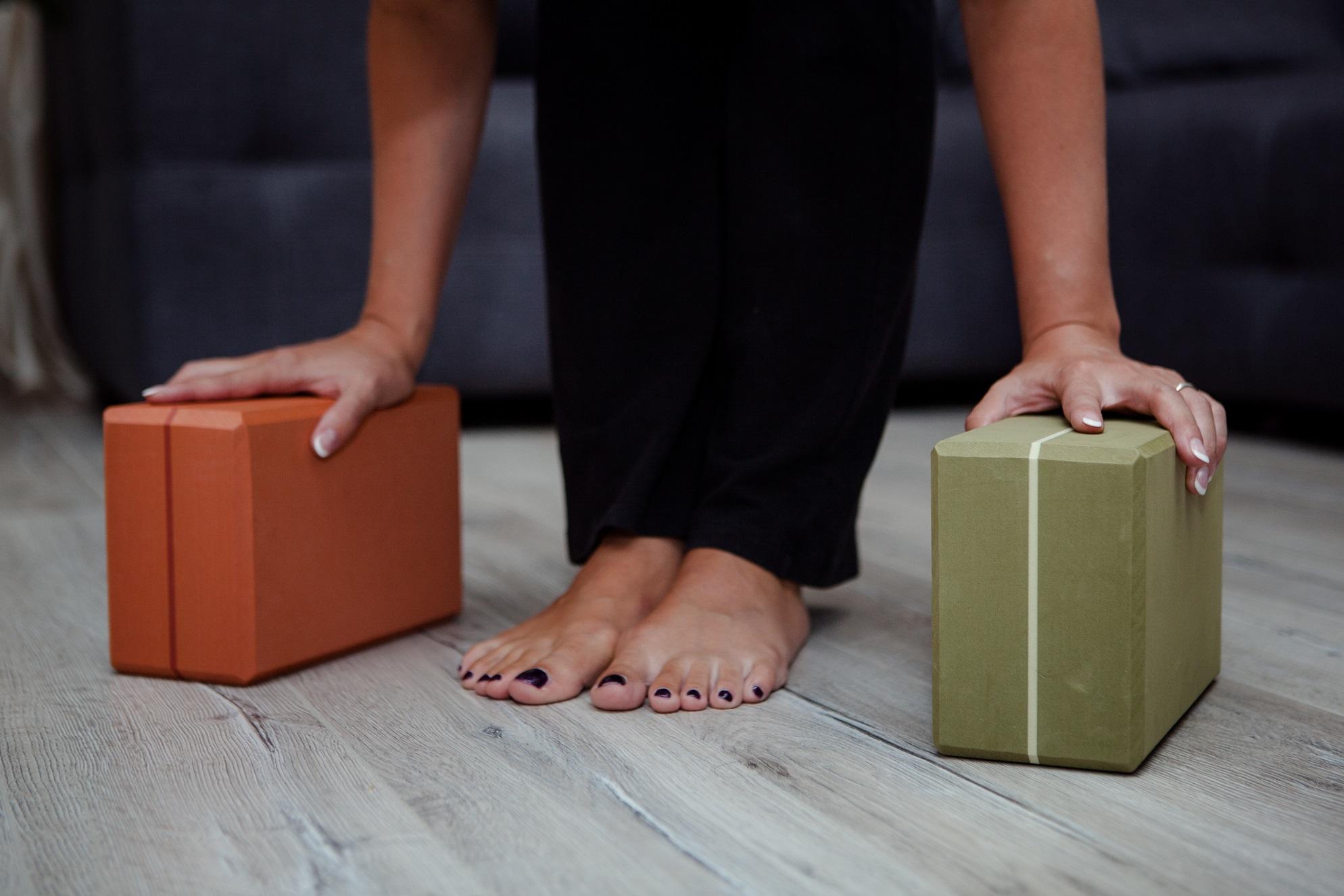 Йога для позвоночника: что делать, если у вас болит спина