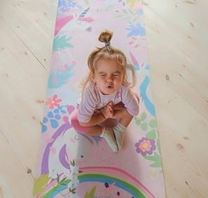Детские коврики для йоги.