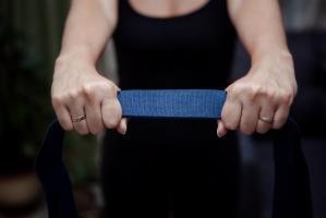 Ремень для йоги хлопковый 270х4см цветной_1