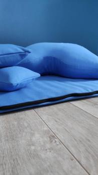 Подушка для медитации синяя с мешочками