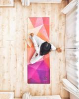 Коврик для йоги TRIANGLES Yoga club_1