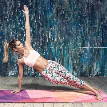 Коврик для йоги TRIANGLES Yoga club